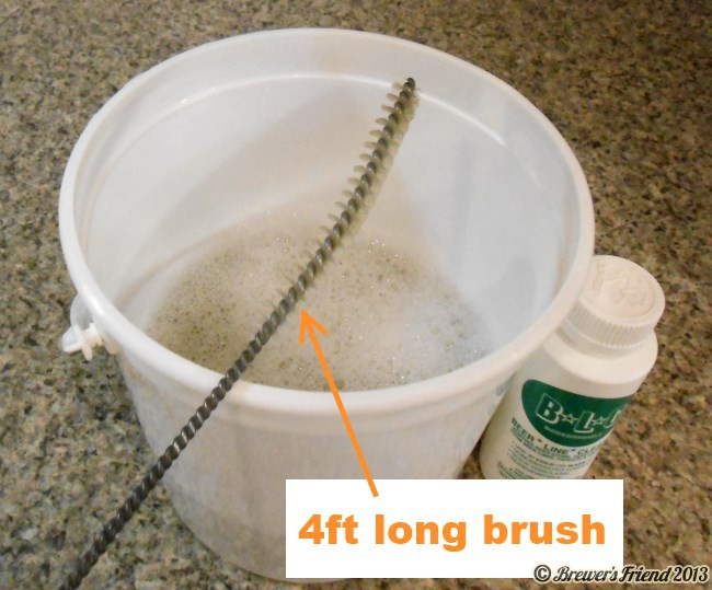 Hose cleaning brush